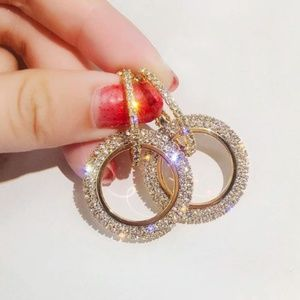 Jewelry - ✨NEW Crystals Sparkly Golden Double Hoop Earrings✨